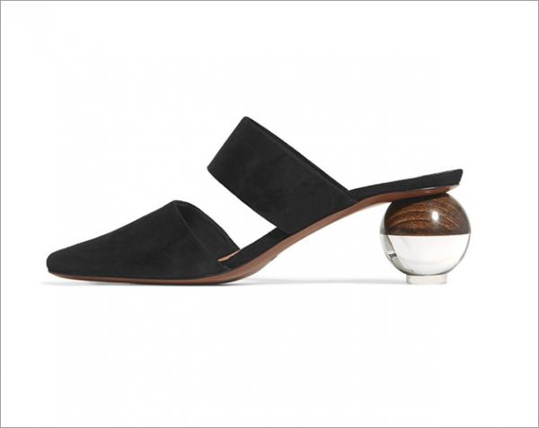 1626ff3e93f6a مجلة زهرة السوسن - أحذية المول لا غنى عنها في خزانتكِ هذا الموسم
