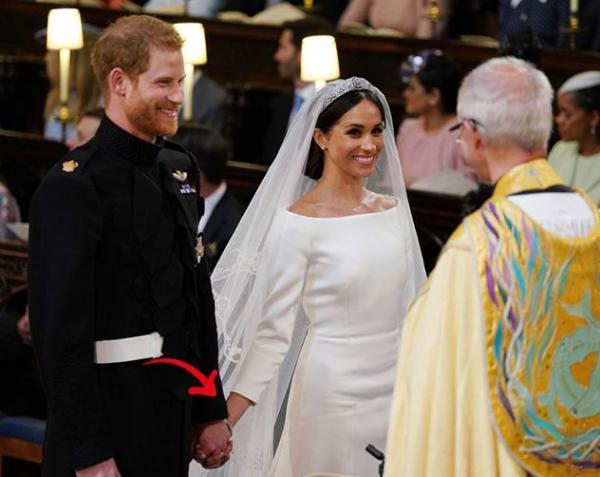 5301a93ba484b أكثر اللحظات الرومنسيّة في حفل زفاف ميغان ماركل والأمير هاري  سيتوقّف قلبكِ  عن الخفقان!