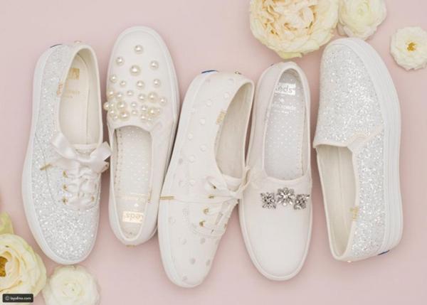 2ad45c034755b مجلة زهرة السوسن - أحذية سنيكرز بيضاء مرصعة تتماشى مع العروس البسيطة