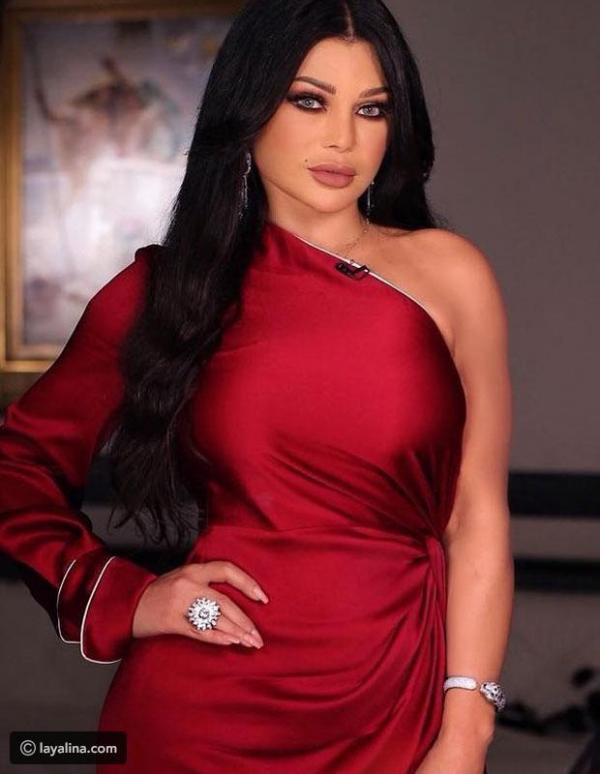 b0c369c43df2d مجلة زهرة السوسن - صور تكشف تفاصيل تصميم فستان هيفاء وهبي الأحمر ...